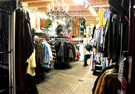 BEST VINTAGE CLOTHING SHOPPING IN AMSTERDAM - cute shops