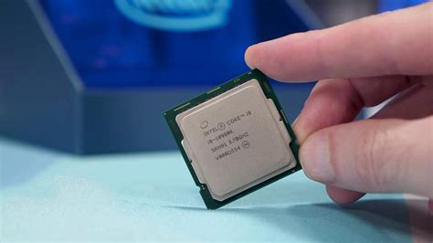 Intel Core i9-10900K Review Photo Gallery - TechSpot