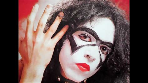 """Paul Stanley photos with """"The Bandit"""" makeup (1973) - YouTube"""